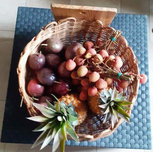 La Box Fruitée, les fruits de La Réunion livrés en métropole directement du producteur au consommateur........test réussi!