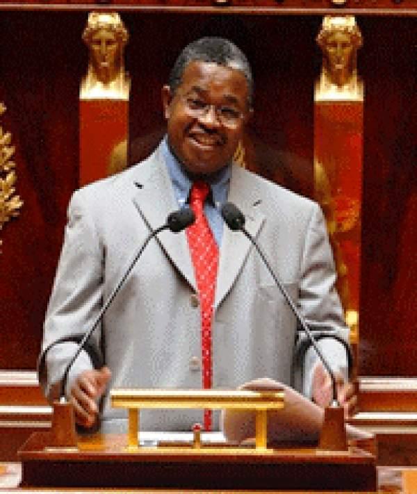 Résultats législatives Mayotte: Mansour Kamardine et Ramlati Ali élus