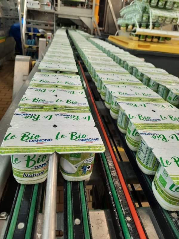Des yaourts bio produits sur l