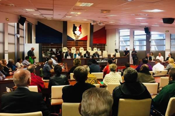 Sébastien Lecornu consulte les formations politiques représentées au Congrès de Nouvelle-Calédonie